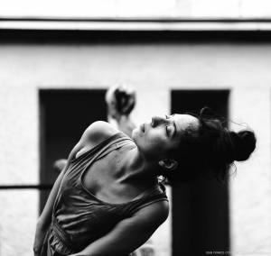Lucia dancing in Rodrigo Chaverini Hernández' master class © Gian Franco Costa