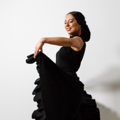 Lucia Lucidez Flamenco Dancer For Hire