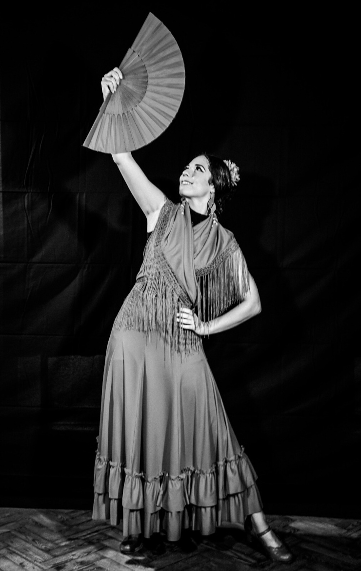 Lucia Flamenco Dancer for Parties